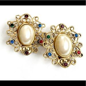 Jeweled Vintage Pearl Earrings Gold Clip On